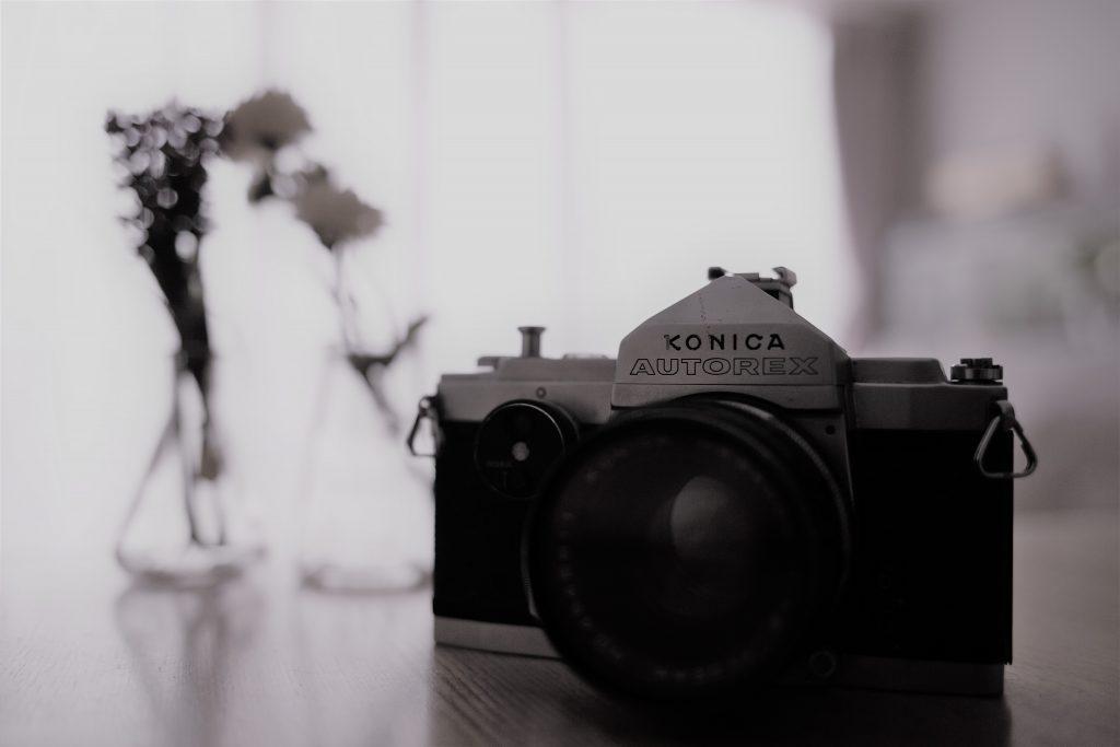 konicaカメラ モノクロ写真.jpg